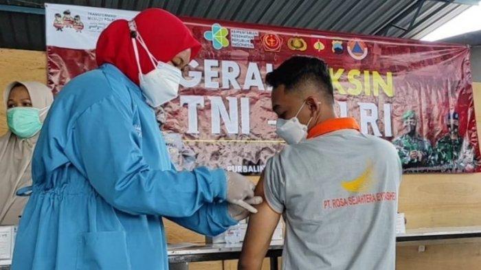 850 Pekerja di Tiga Perusahaan di Purbalingga Mengikuti Vaksinasi Massal