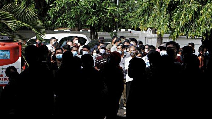 Komisi E DPRD Jateng Kritisi Antrean Vaksinasi Massal di Semarang