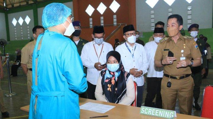 Hartopo Tinjau Vaksinasi di IAIN Kudus: Mahasiswa Harus Jujur saat Screening