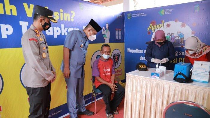 220 Ribu Warga Lansia Kebumen Harus Suntik Vaksin