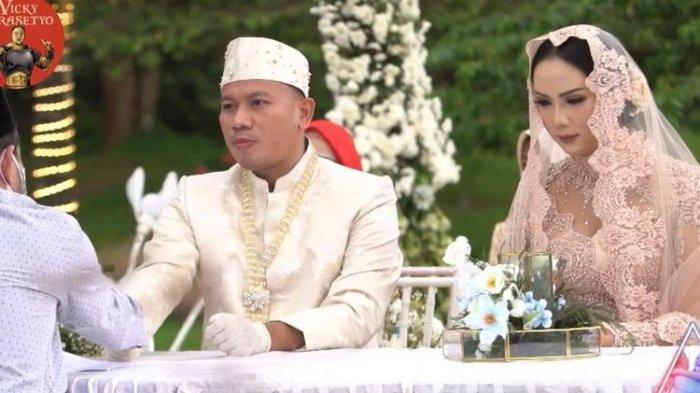 Vicky Prasetyo & Kalina Ocktaranny Menikah, Menangis Tak Dihadiri Azka Corbuzier