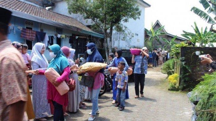 Viral Rombongan Seserahan Salah Alamat di Magelang, Sudah Duduk, Salam-salaman & Berfoto