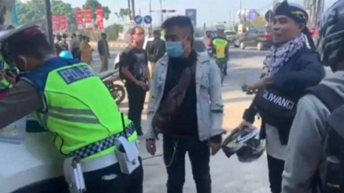 Viral Pemudik Kesurupan Ketika Diminta Putar Balik Polisi: Ieu Wilayah Aing!