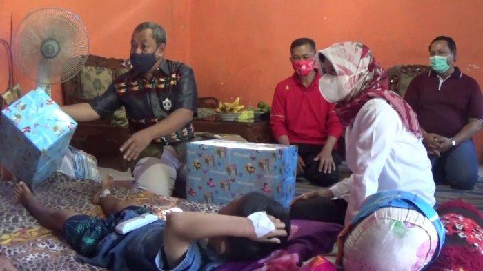 Kondisi Terkini Bocah Kebumen Dibacok Tetangga Hingga Dikunjungi Wakil Bupati