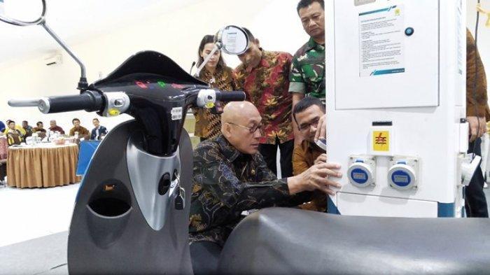 PLN UP3 Semarang Siap Bangun SPLU di Kendal, Bisa Isi Daya Motor dan Mobil Listrik
