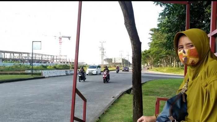 BRT Semarang Koridor 4 Cangkiran-Tawang Terjadi Gangguan, Wagiyah Terpaksa Tunggu 1 Jam