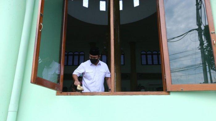 Hendi Memulai Gerakan Jarik Masjid di Kota Semarang