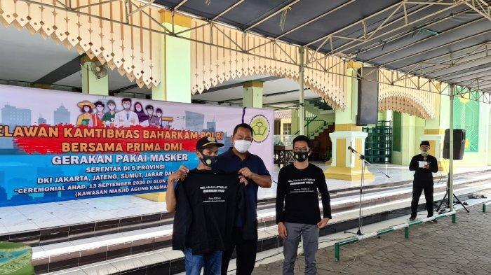 Melalui Jasa Relawan, Baharkam Polri Sosialisasikan Gerakan Pakai Masker Sampai ke Masjid