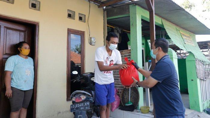 Hendi Turun Langsung Kawal Pembagian Sembako Untuk Warga Semarang