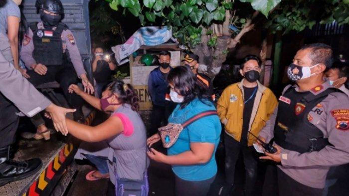 Kata Gibran Saat Malam-malam Ikut Razia PSK di Banjarsari Solo