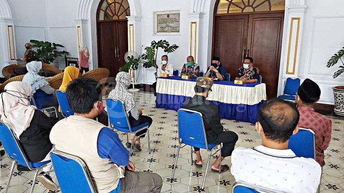 Wali Kota Tegal Bolehkan Pasar Buka 2 Jam, Dukung Jateng di Rumah Saja: Toko dan Mal Tutup Total