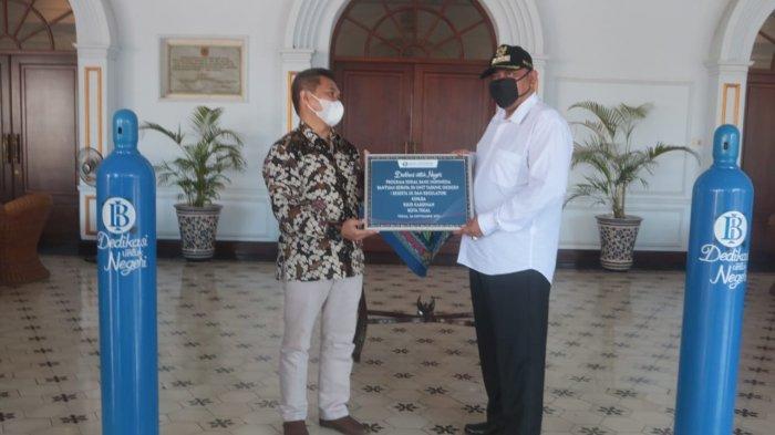 Pemkot Tegal Terima Bantuan 50 Tabung Oksigen dari Bank Indonesia