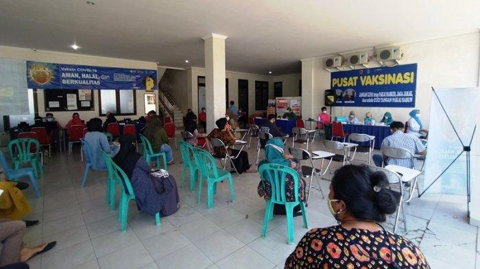 Vaksin Center di Karanganyar Disambut Baik Warga, Hitungan Menit Kuota Penuh