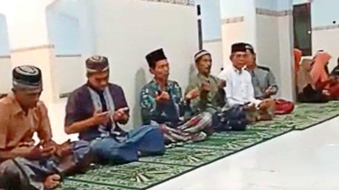 Warga di 3 Masjid Gelar Doa Bersama untuk Kilang Pertamina Cilacap