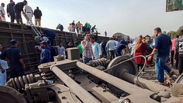 11 Orang Tewas 98 Lain Terluka dalam Kecelakaan KA di Mesir