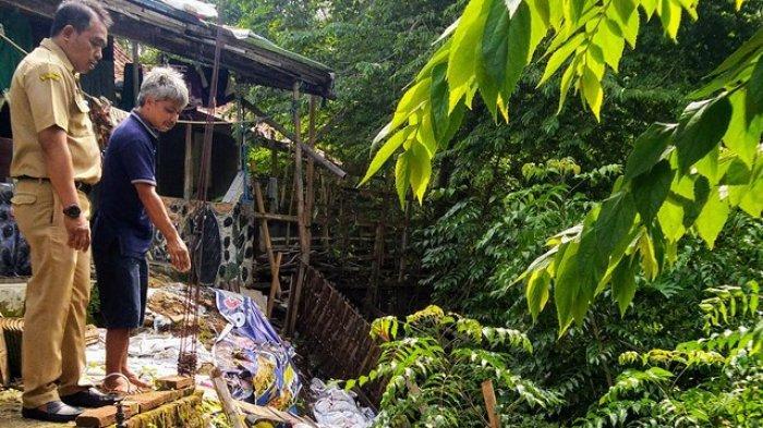 Bantaran Sungai Bulanan Ambles, 7 Rumah di Weleri Kendal Terancam Longsor