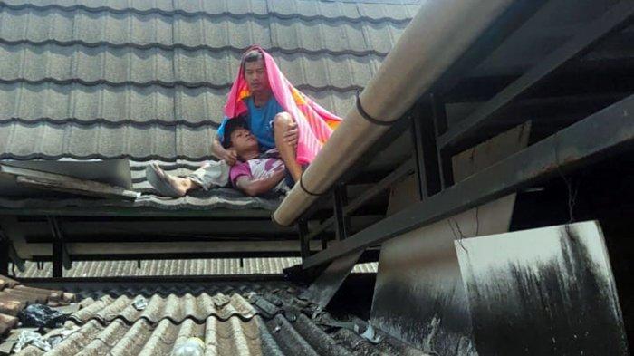 Muhammad Lemas Senderan Teman di Genteng, Wifi Besi Bersentuhan Kabel Listrik