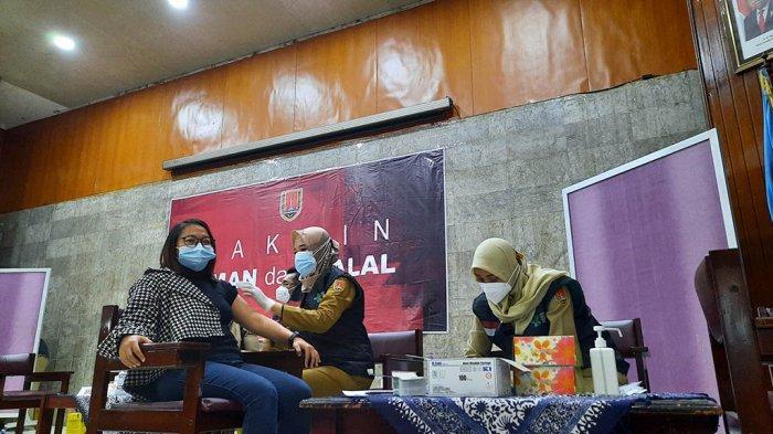 Wartawan Pemkot Semarang Ikutan Vaksin Corona