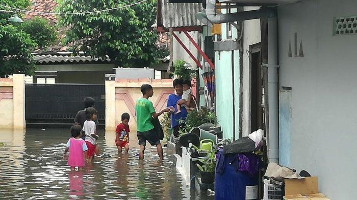 Prihatin Korban Banjir, LBH APIK Semarang Galang Donasi
