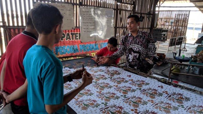 Belajar Membatik Langsung dari Ahlinya di Wisata Batik Pati sekaligus Melestarikan Tradisi