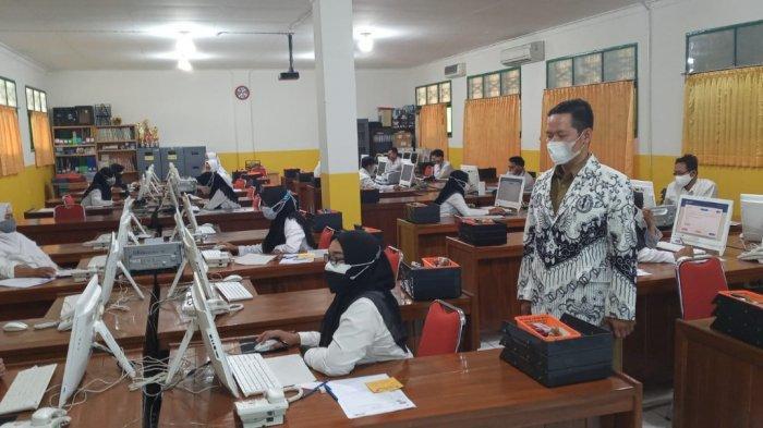 Ketua PGRI Batang Minta Guru Wiyata Bakti Fokus Capai Passing Grade