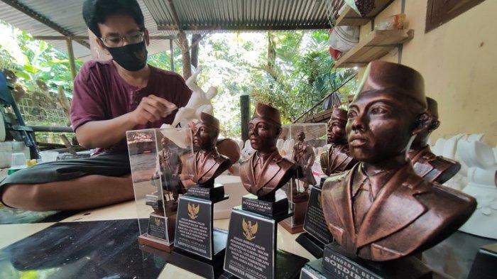 Cerita Pengusaha Miniatur Jenderal Sudirman di Purbalingga yang Bertahan di Tengah Pandemi Covid-19