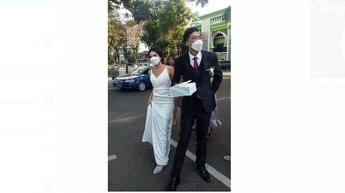 Resepsi Pernikahan Batal Pasangan Ini Punya Cara Unik Menikah di Masa Pandemi