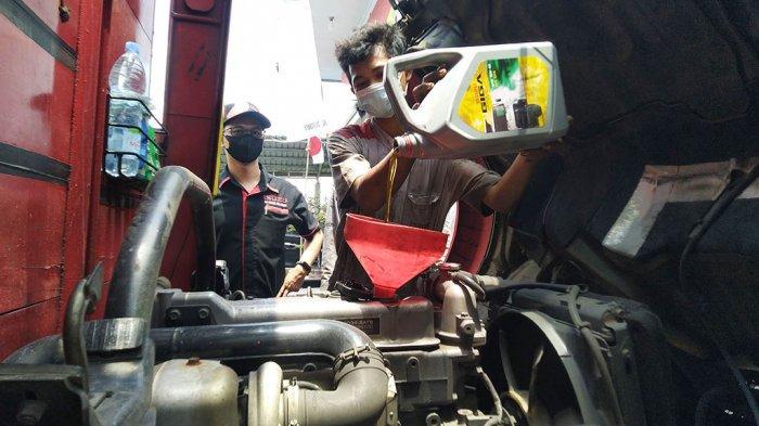 Zirang Isuzu Semarang Berikan Servis Gratis Puluhan Truk di Kendal