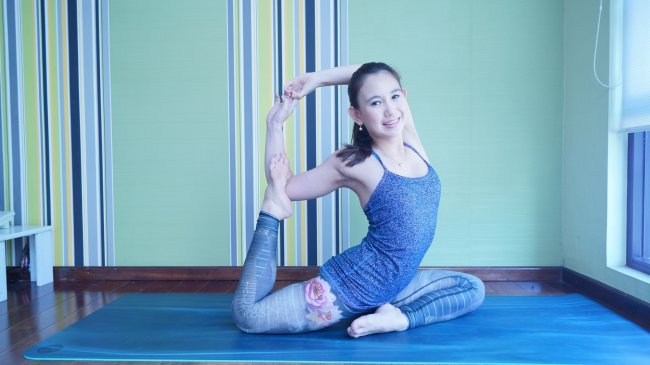 nike-wijaya-smart-woman-yoga_20170528_075458.jpg