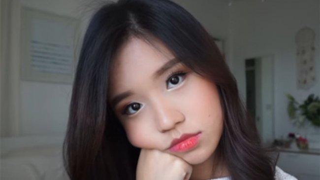 riasan-tipis-korean-make-up-yang-bikin-wajah-makin-ayu_20180902_150052.jpg
