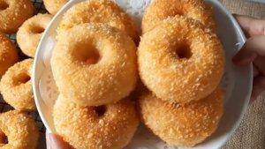Cara Membuat Donat Crispy Renyah di Luar Lembut di Dalam