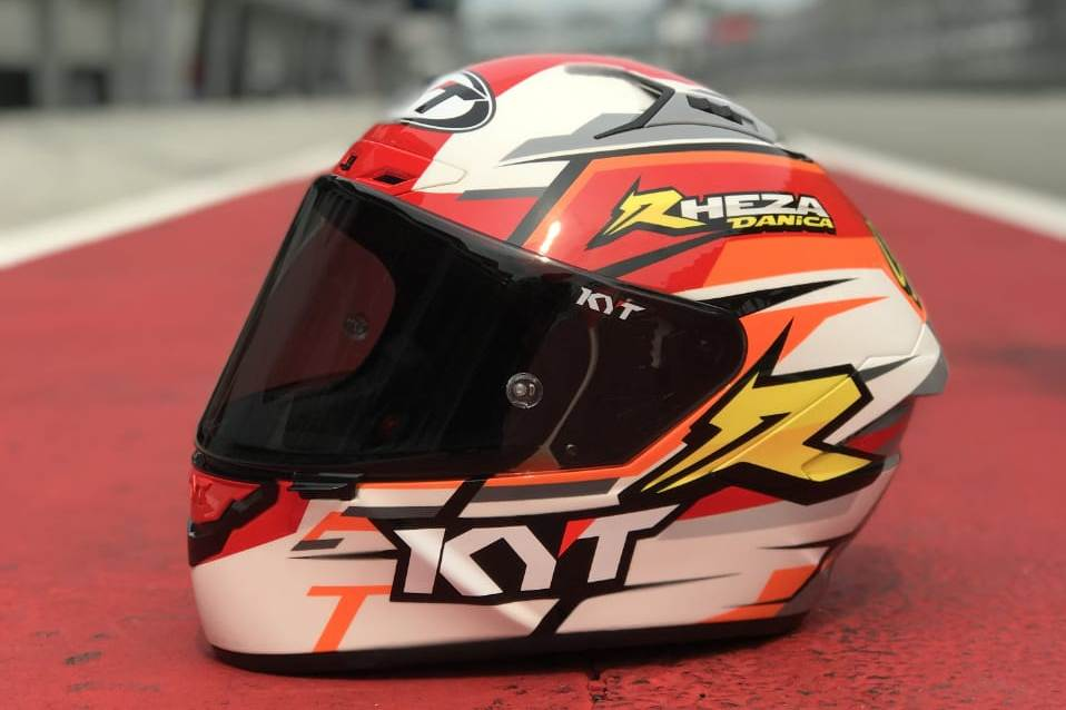Salah satu contoh Filosofi Desain Helm Pebalap Binaan Astra Honda