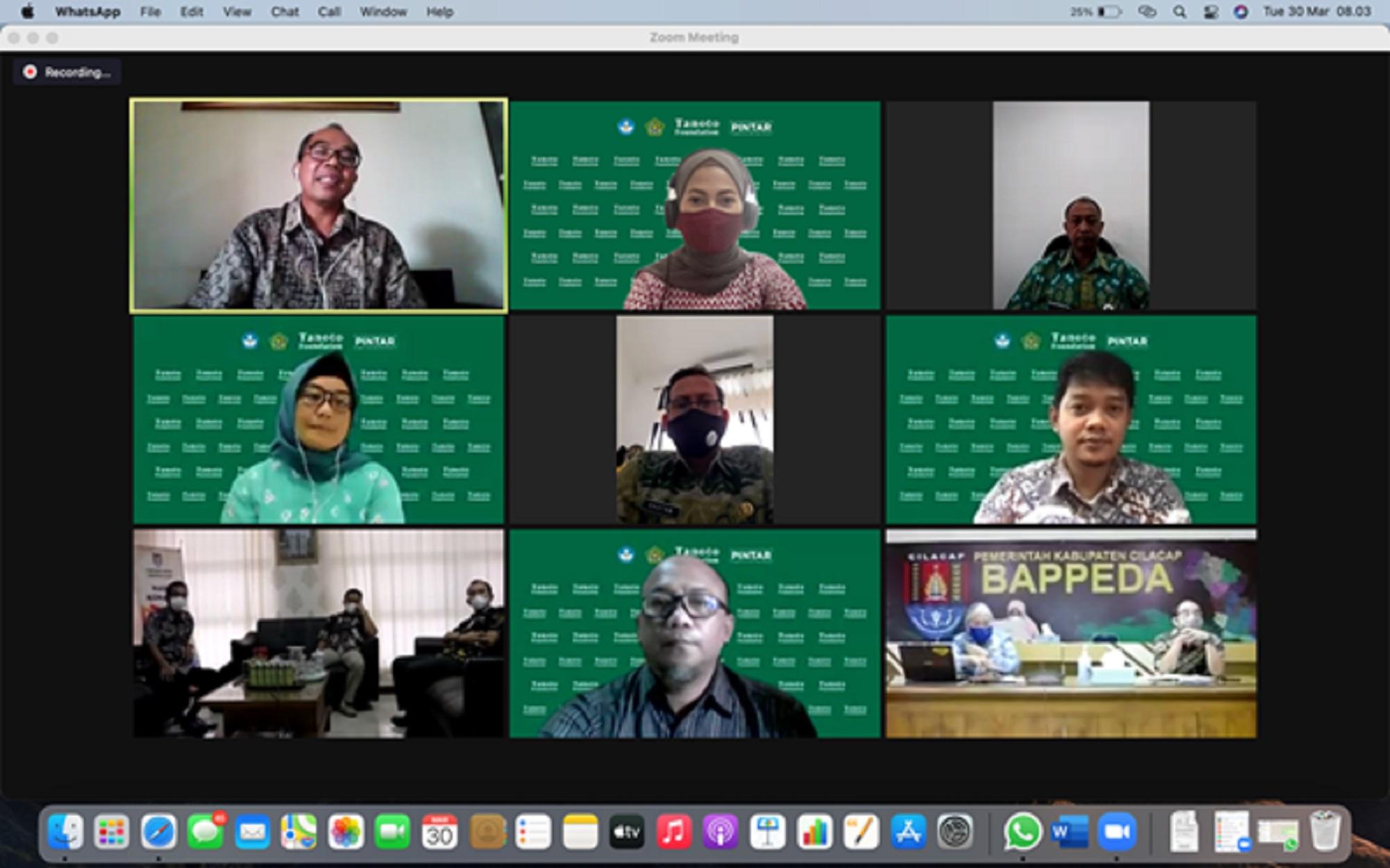 Peserta diskusi dari unsur Setda, Bappeda, Dinas Pendidikan, dan Perwakilan Tanoto Foundation.