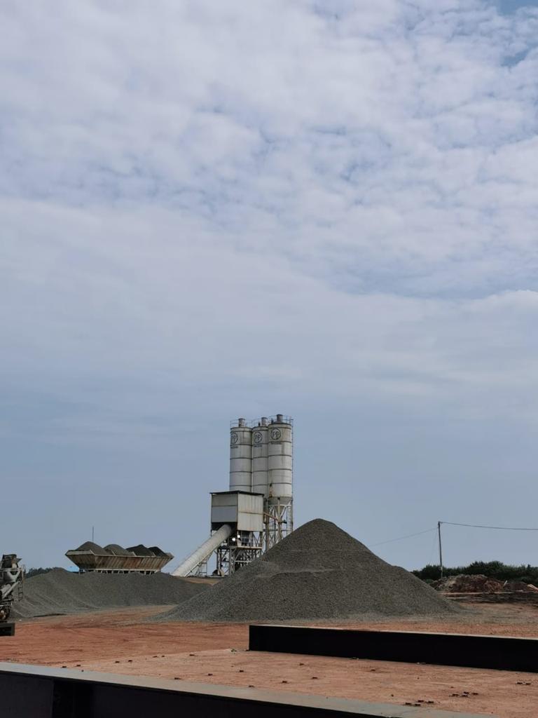 Proses pembangunan Proyek Kawasan Industri Terpadu (KIT) Batang, Jawa Tengah seluas 4.300 hektar yang dimulai pada Februari 2021 lalu. SG mendukung Proyek Strategis Nasional (PSN) ini dengan menyuplai 100% kebutuhan semen dengan produk unggulan UltraPro. (Kamis, 17 Juni 2021)