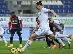 ac-milan-zlatan-ibrahimovic-melakukan-tendangan-penalti-serie-a-italia-cagliari-vs-ac-milan.jpg