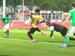 aksi-bagus-kahfi-aat-mencetak-gol-untuk-jong-fc-utrecht-saat-melawan-la-louviere-centre.jpg