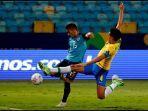 aksi-pemain-brasil-marquinhos-copa-america-201.jpg