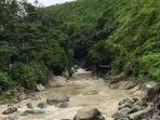 aliran-sungai-polaga-di-wilaya-beberapa-waktu-lalu.jpg