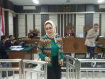amir-mirza-dan-siti-masitha-buka-bukaan-di-pengadilan-tipikor-semarang_20171213_185810.jpg