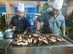 aneka-seafood-dan-daging-bisa-dinikmati-saat-barbeque-dinner_20180706_221403.jpg