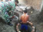 anggota-tni-bersama-warga-membangun-jamban-bersama-di-desa-ngegot-mijen_20170615_171634.jpg