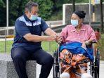 ani-yudhoyono-didampingi-oleh-presiden-keenam-ri-susilo-bambang-yudhoyono.jpg