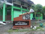 anjungan-kabupaten-pekalongan-digambarkan-dengan-canting-sebagai-ikon-batik_20161124_142320.jpg