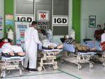 antrean-pasien-covid-19-di-igd-rsud-ra-kartini-jepara-gubernur-jateng-ganjar-pranowo-sidak.jpg