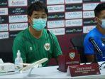 asisten-pelatih-timnas-indonesia-choi-in-cheol-dalam-konferensi-pers.jpg