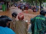 banjir-di-jalan-raya-pati-tayu-kamis-2022020-pagi.jpg