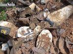 batu-nisan-di-pemakaman-muslim-di-polokarto-sukoharjo-yang-rusak.jpg