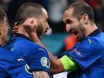 bek-timnas-italia-leonardo-bonucci-dan-giorgio-chiellini-uefa-euro-2020.jpg
