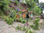 bencana-tanah-longsor-terjadi-di-dukuh-ngledok-desa-cranggang-kecamatan-dawe.jpg