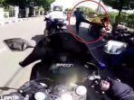 bikers-sunmori-tiba-tiba-ditendang-aparat-di-dekat-istana-negara.jpg